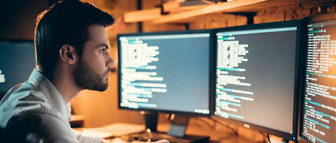 informatique-profil-penurique-developpeur-recrutement